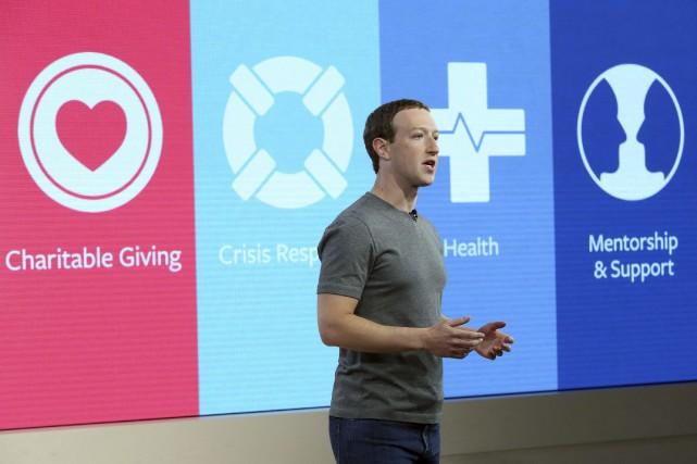 Le PDG de Facebook Mark Zuckerberg affirme vouloir... (Photo Stuart Ramson, AP)