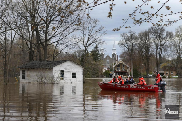 Lors de la crue des eaux en avril... (Photo Robert Skinner, Archives La Presse)