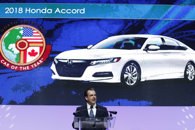 Henio Arcangeli Jr., vice-président senior pour les automobiles... (Photo Brendan Mcdermid, REUTERS)