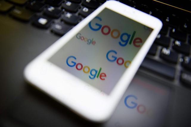 Google a annoncé qu'il allait implanter à Paris... (PhotoLEON NEAL, Archives Agence France-Presse)