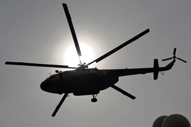 Un MI-17 semblable à celui impliqué dans l'écrasement.... (PHOTO ARCHIVES AFP)