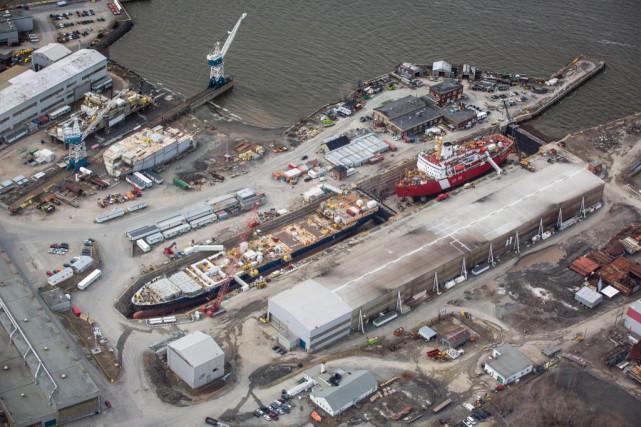 Quelque 800travailleurs ont été mis à pied par... (PHOTO OLIVIER PONTBRIAND, ARCHIVES LA PRESSE)