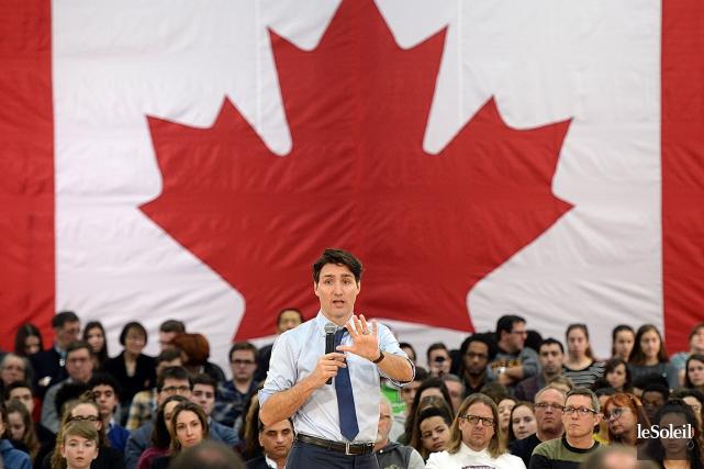 Justin Trudeau a rencontré des citoyens, jeudi, à... (Erick Labbé, Le Soleil)