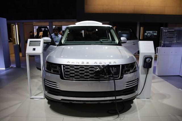 Désormais, le Range Rover se branche.Dissimulée derrière la... (photo AP)