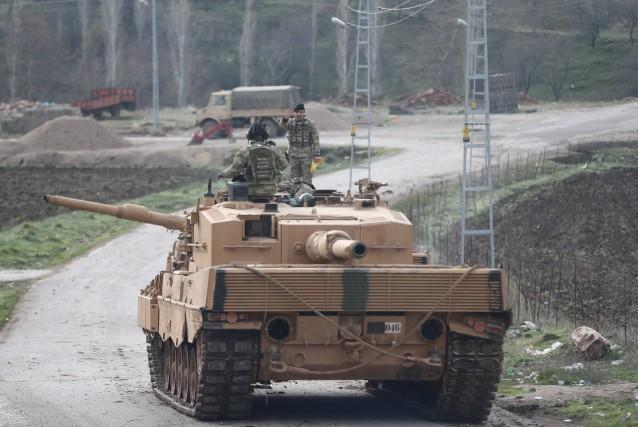 L'offensive turque, baptisée opération «Rameau d'olivier», risque de... (PHOTO REUTERS/STRINGER)
