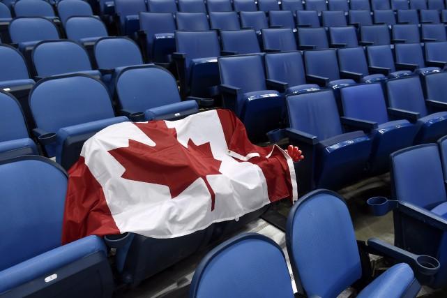 La vision du monde optimiste et ouverte des Canadiens remise en cause