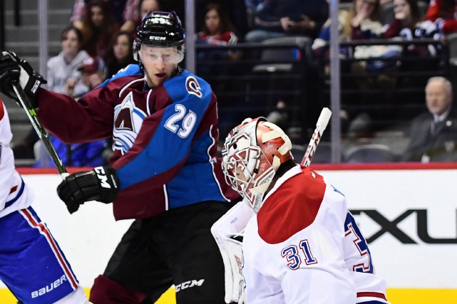 Carey Price et le Canadien affrontent Nathan MacKinnon... (Photo Ron Chenoy, archives USA Today Sports)