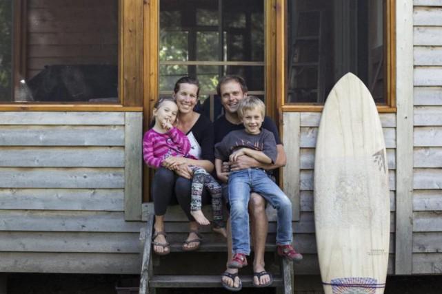 partir l 39 aventure du surf et des projets de maison charles douard carrier destinations. Black Bedroom Furniture Sets. Home Design Ideas
