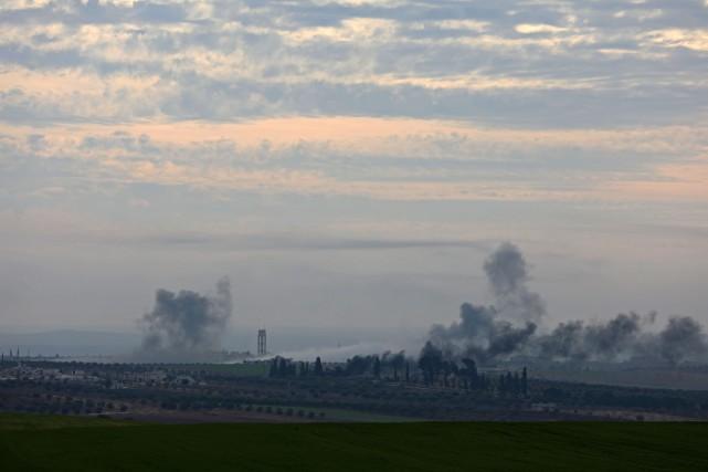 Pour la seule journée de lundi, les raids... (PHOTO AFP)
