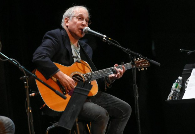 Paul Simon en spectacle à New York en... (photo Evan Agostini, archives associated press)