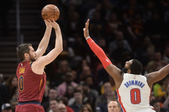 Lourde perte pour Cleveland: Kevin Love (0), ici... (Photo Ken Blaze, USA TODAY Sports)