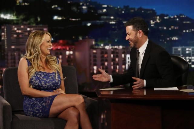 Stormy Daniels était l'invitée de Jimmy Kimmel après... (PHOTO AP)