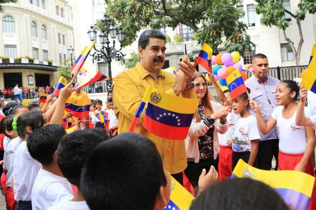 Le président Nicolas Maduro a participé à une... (PHOTO REUTERS/FOURNIE PAR LE PALAIS MIRAFLORES)