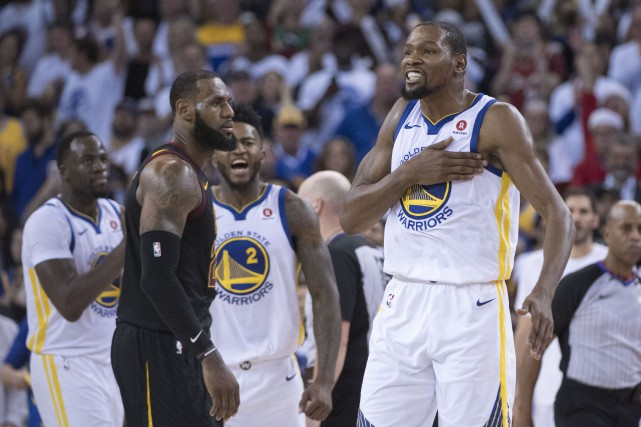 Lebron James (à gauche) avec Kevin Durant ?... (Photo Kyle Terada, USA TODAY Sports)