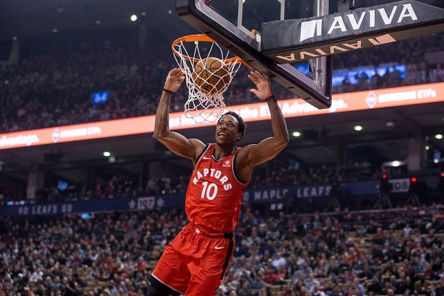 DeMar DeRozan a inscrit 13 points dans le gain des... (PHOTO CHRIS YOUNG, LA PRESSE CANADIENNE)