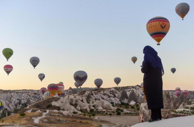 La Cappadoce est une régionparsemée de montagnes et... (PhotoYASIN AKGUL, Archives Agence France-Presse)