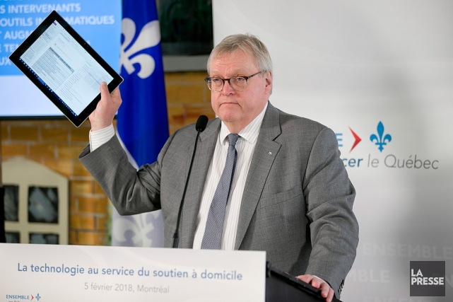 Le ministre de la Santé, Gaétan Barrette, se... (PHOTO DAVID BOILY, LA PRESSE)
