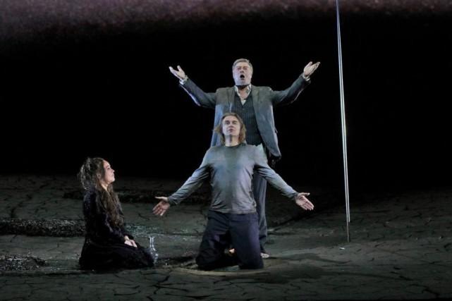 EvelynHerlitzius (Kundry), Klaus Florian Vogt (Parsifal) et René... (Photo Ken Howard, fournie par le Metropolitan Opera)
