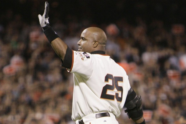 Barry Bonds... (Photo Eric Risberg, AP)
