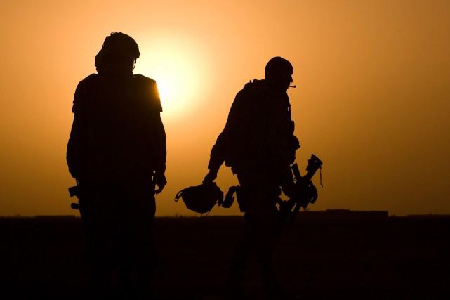 Trois anciens membres de l'armée ont déposé une... (La Presse)