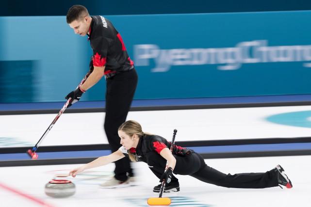 Les CanadiensJohn Morris et Kaitlyn Lawes... (Photo Nathan Denette, PC)