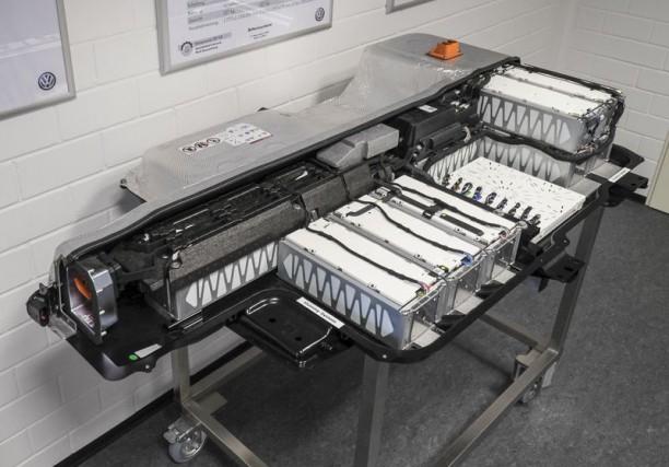 Le pack de batteries lithium-ion à cellules prismatiques... (Photo : Volkswagen)