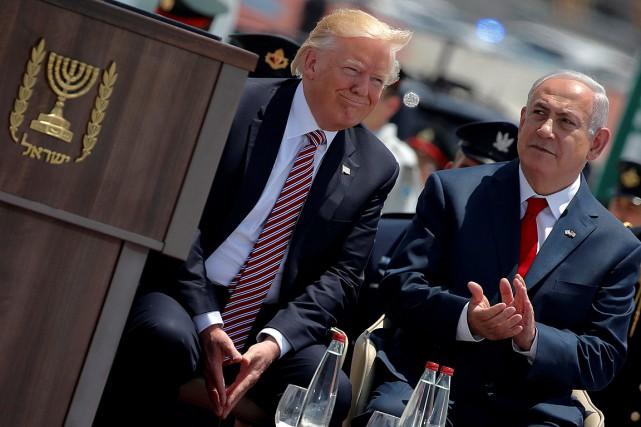 Donald Trump a participé à une cérémonie de... (PHOTO JONATHAN ERNST, ARCHIVES REUTERS)