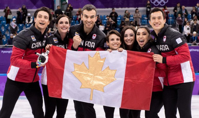 Scott Moir, Tessa Virtue, Eric Radford, Meagan Duhamel,... (Photo Paul Chiasson, La Presse canadienne)