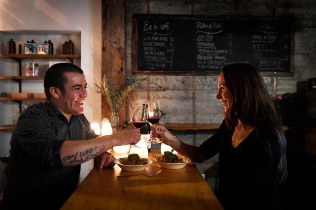 Juan Lopez et Lindsay Brennan multiplient les occasions... (Photo Bernard Brault, La Presse)