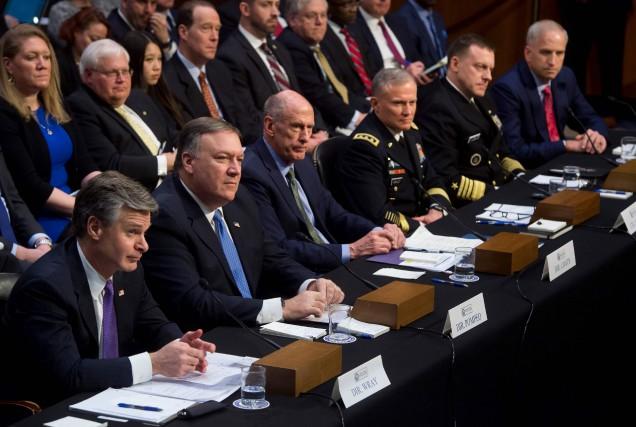 Les chefs des principaux services de renseignement américains... (PHOTO AFP)