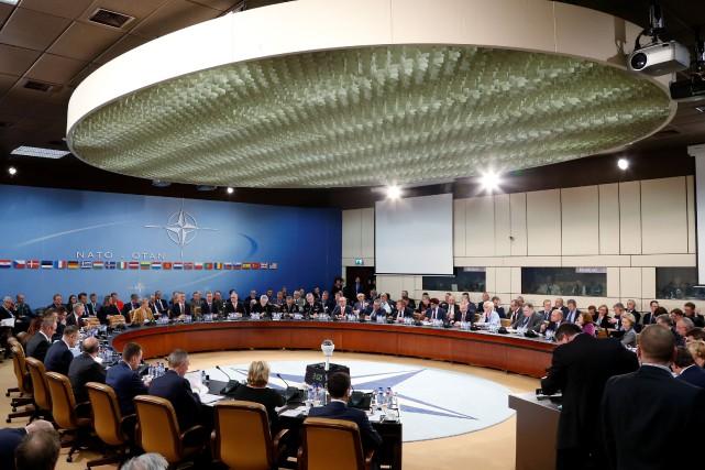 Les ministres de la Défense de l'OTAN sont... (Photo Francois Lenoir, REUTERS)