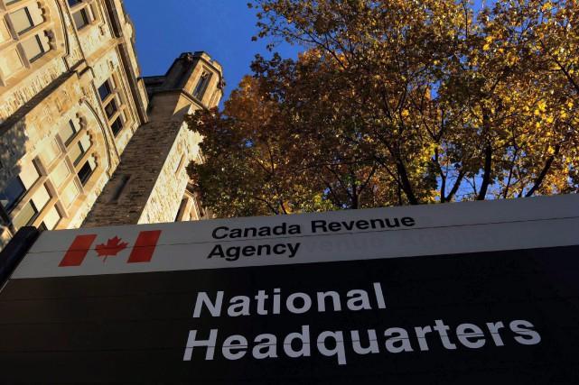 Le siège de l'Agence du Revenu du Canada.... (PHOTO SEAN KILPATRICK, ARCHIVES LA PRESSE CANADIENNE)