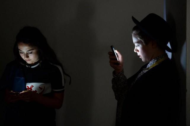 Les créateurs des réseaux sociaux et des téléphones... (Photo archives Agence France-Presse)