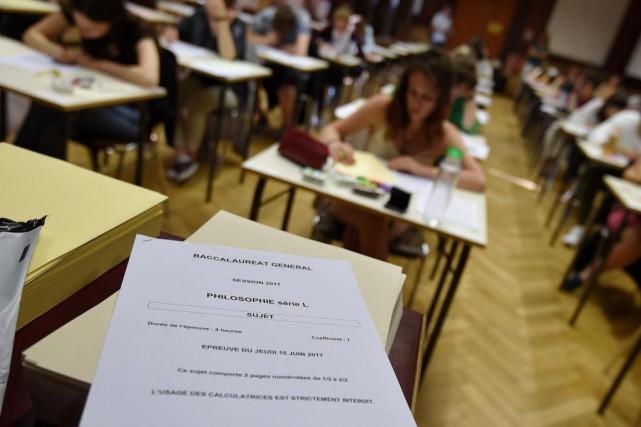 En s'inscrivant au programme Universitas, les parents faisaient... (Photo FREDERICK FLORIN, Archives Agence France-Presse)