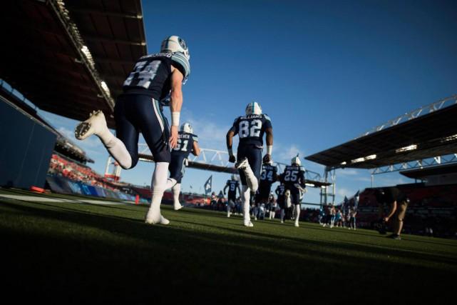 La saison de la LCF s'amorcera une semaine... (Photo Mark Blinch, Archives La Presse canadienne)