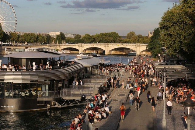 La rive piétonnisée de la Seine, le 1er... (Photo : AFP)