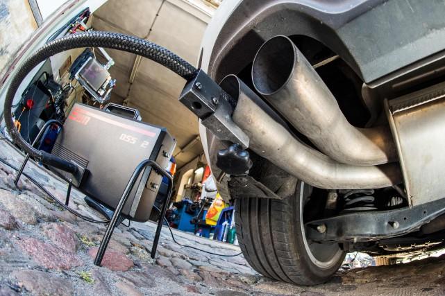 Afin de mener à bon port l'action collective intentée contre Volkswagen pour le... (PHOTO ARCHIVES AFP)