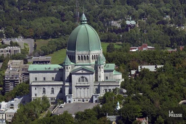Une vue aérienne de l'Oratoire Saint-Joseph.... (Photo archives La Presse)