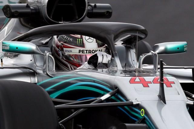 Lewis Hamilton a inscrit le meilleur tour de... (REUTERS)