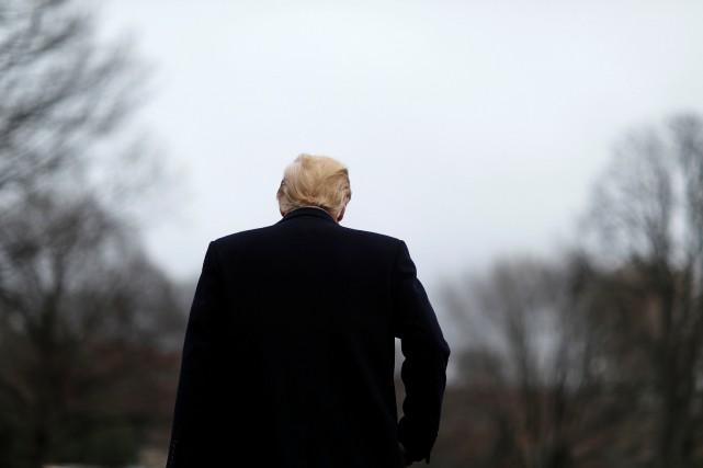 Au plus bas dans les sondages, le président... (PHOTO REUTERS)
