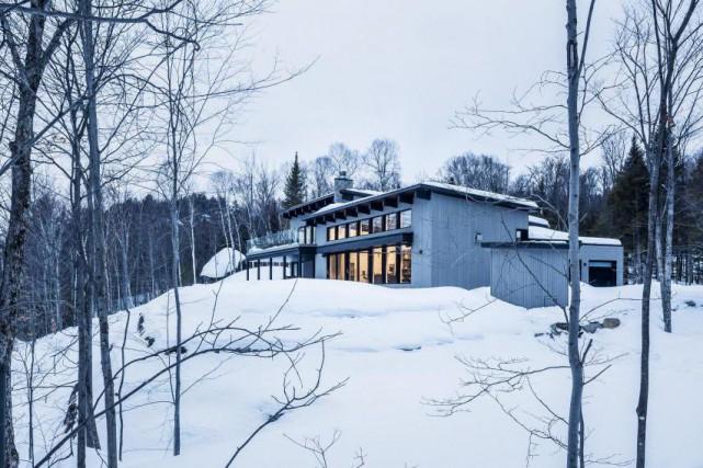 Cette maison à l'ossature en acier léger signée... (PHOTO FOURNIE PAR BONE STRUCTURE)