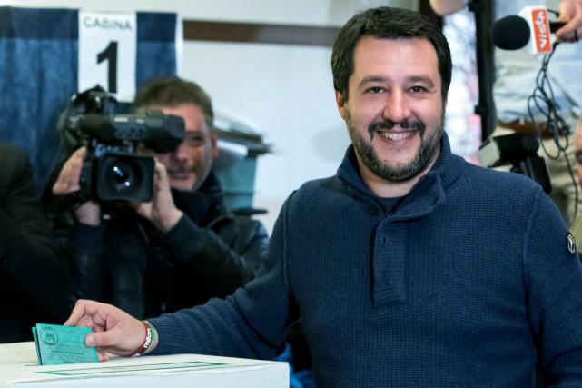 Le chef du parti d'extrême droite La Ligue... (PHOTO AFP)