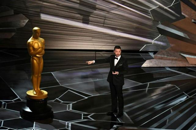 Jimmy Kimmel a choisi un ton bon enfant... (photoMark RALSTON, agence france-presse)