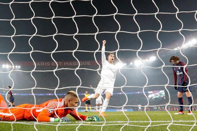 Le Real Madrid a éliminé lePSG grâce à... (Photo Gonzalo Fuentes, Reuters)