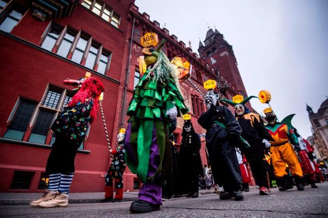 Le carnaval de Basel, en Suisse.... (Photo SEBASTIEN BOZON, Agence France-Presse)