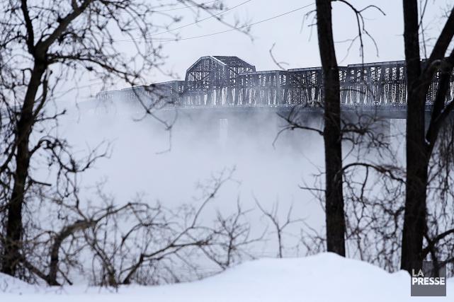 Le pont Victoria.... (Martin Chamberland, archives La Presse)