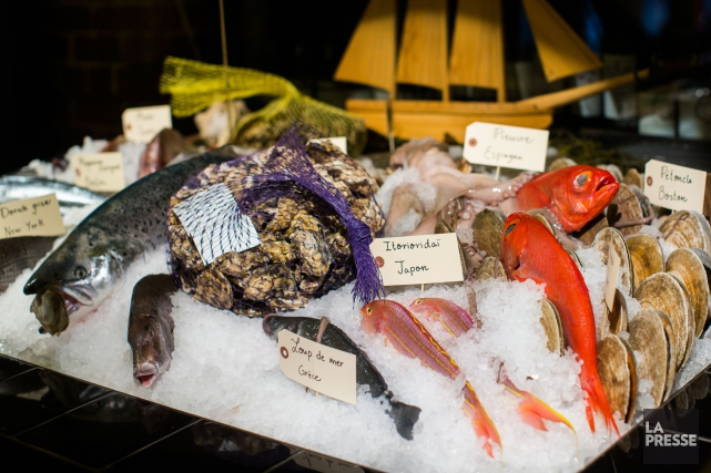 Le Makro Pêcheries offre une cuisine de bord... (PHOTO OLIVIER PONTBRIAND, LA PRESSE)