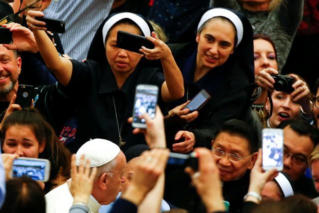 Il est remarquable qu'une publication officielle du Vatican... (PHOTO REUTERS)