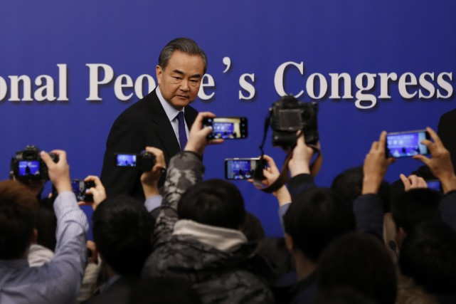Le ministre chinois des Affaires étrangères, Wang Yi,... (Photo Andy Wong, AP)