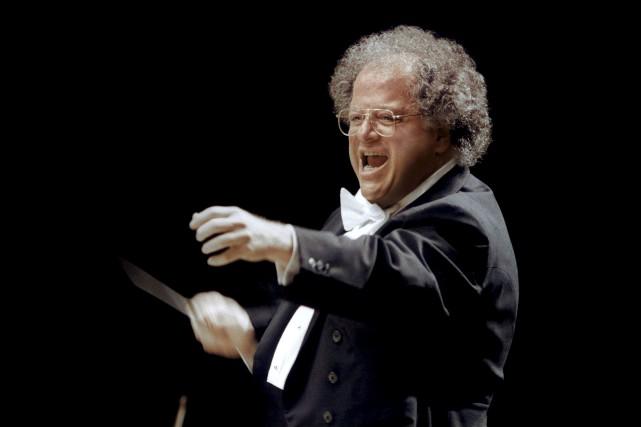 Le chef d'orchestre James Levine.... (ARCHIVES REUTERS)